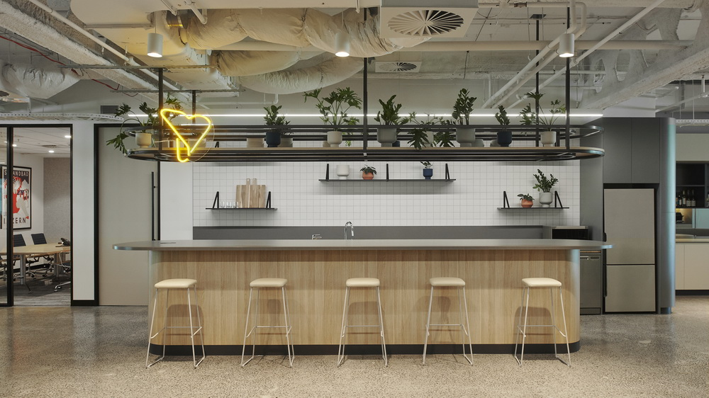 Yellowfin Celebrates Growth and Increased Momentum, Expanding Marketing and Sales Teams